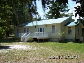 5885 Avenue B, McIntosh, FL 32664