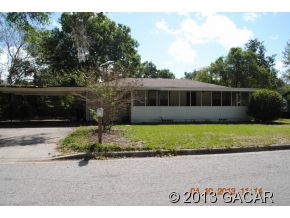 201 SE 49th Dr, Gainesville, FL 32641