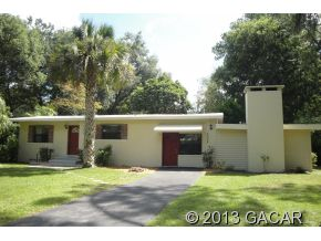 2035 Ne 6th Ter, Gainesville, FL 32609