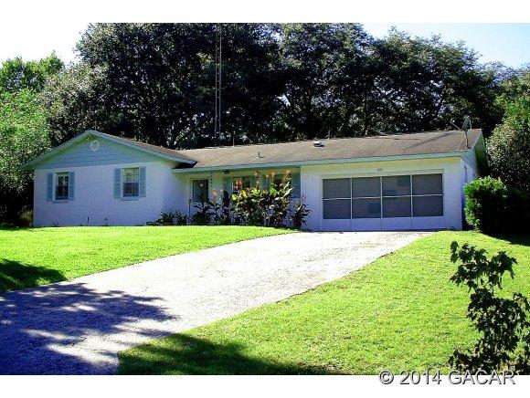 216 E Country Club Dr, Williston, FL 32696