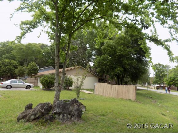 Rental Homes for Rent, ListingId:32658192, location: 6124 SW 10th Place Gainesville 32607