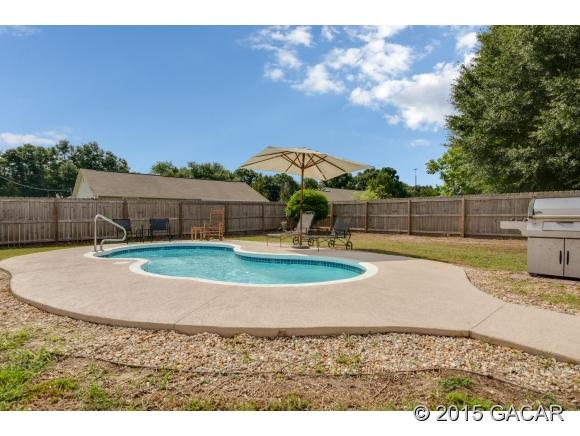 11903 Elm St, Brooker, FL 32622