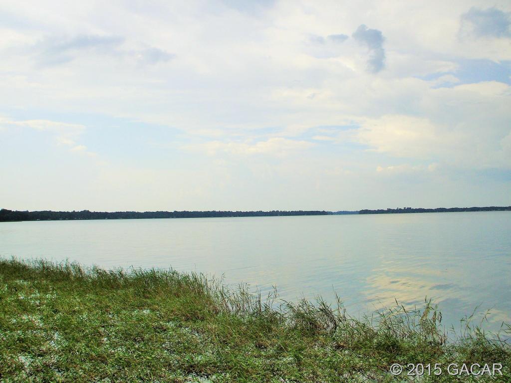 Photo of 8121 NE 221st Street  Melrose  FL