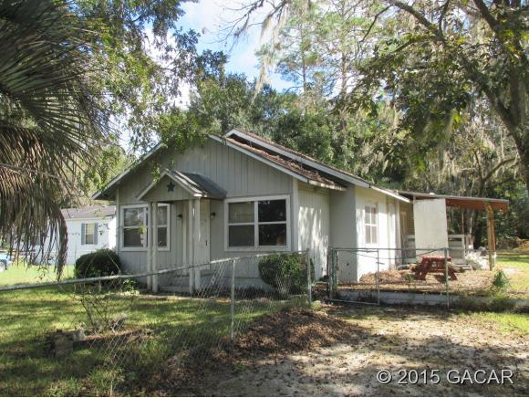 1025 S Lake Ave, Lake Butler, FL 32054