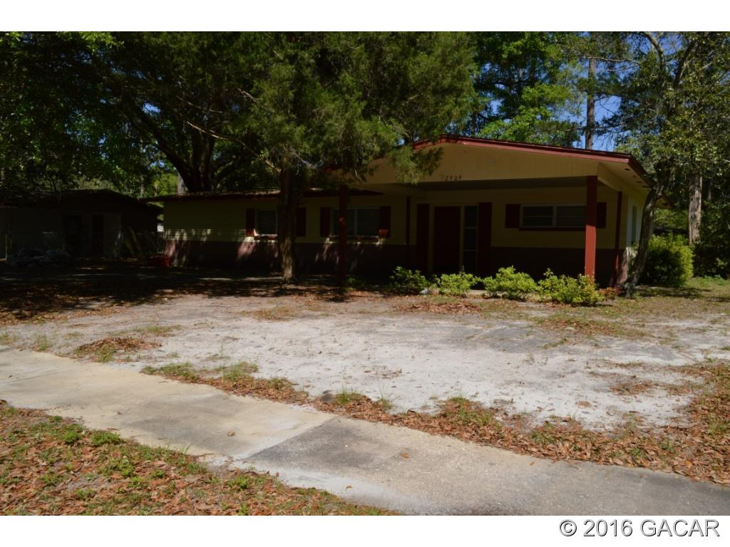 Photo of 2909 Northeast 16th Terrace  Gainesville  FL