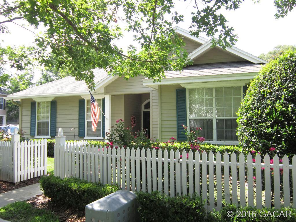 5149 SW 103rd Dr, Gainesville, FL 32608