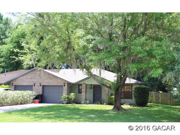 2825 SW 40th Pl, Gainesville, FL 32608