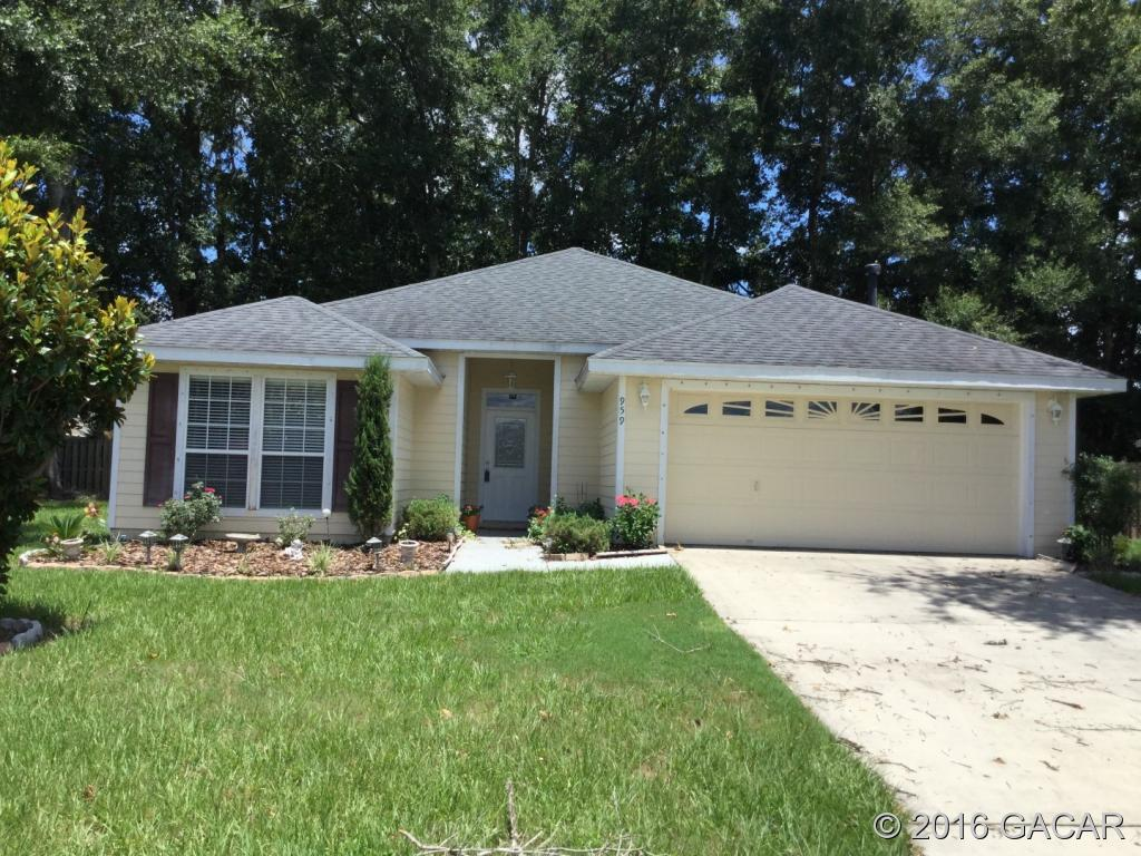 959 Nw 254th Dr, Newberry, FL 32669