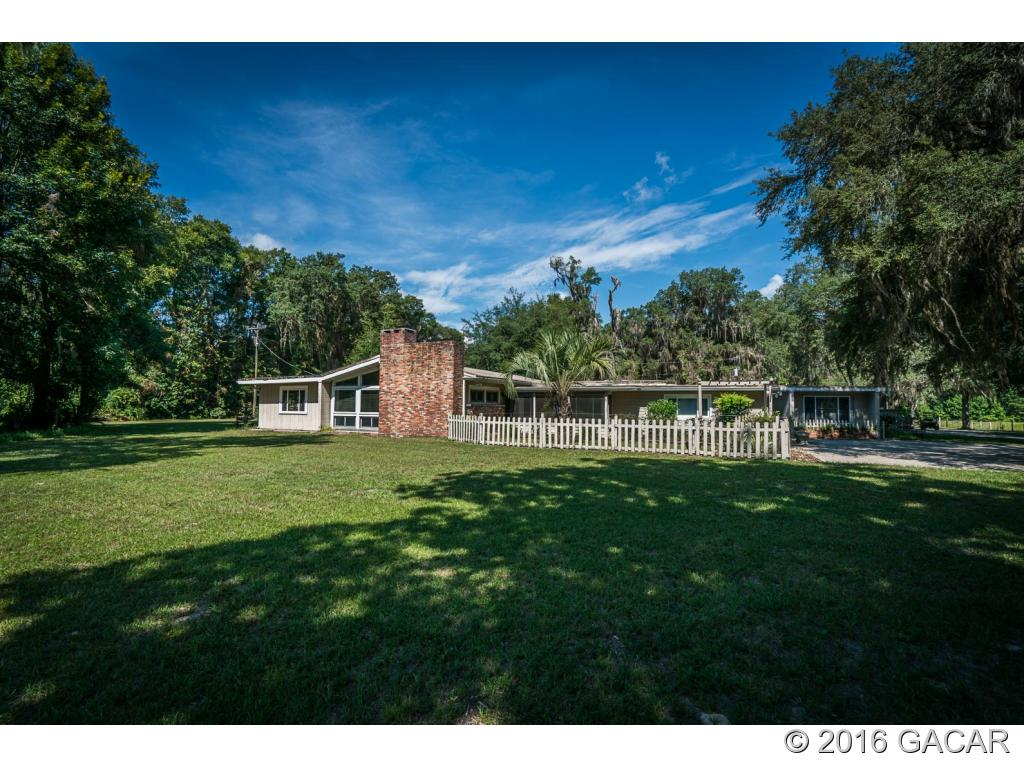Photo of 11816 Southeast County Road 234  Micanopy  FL