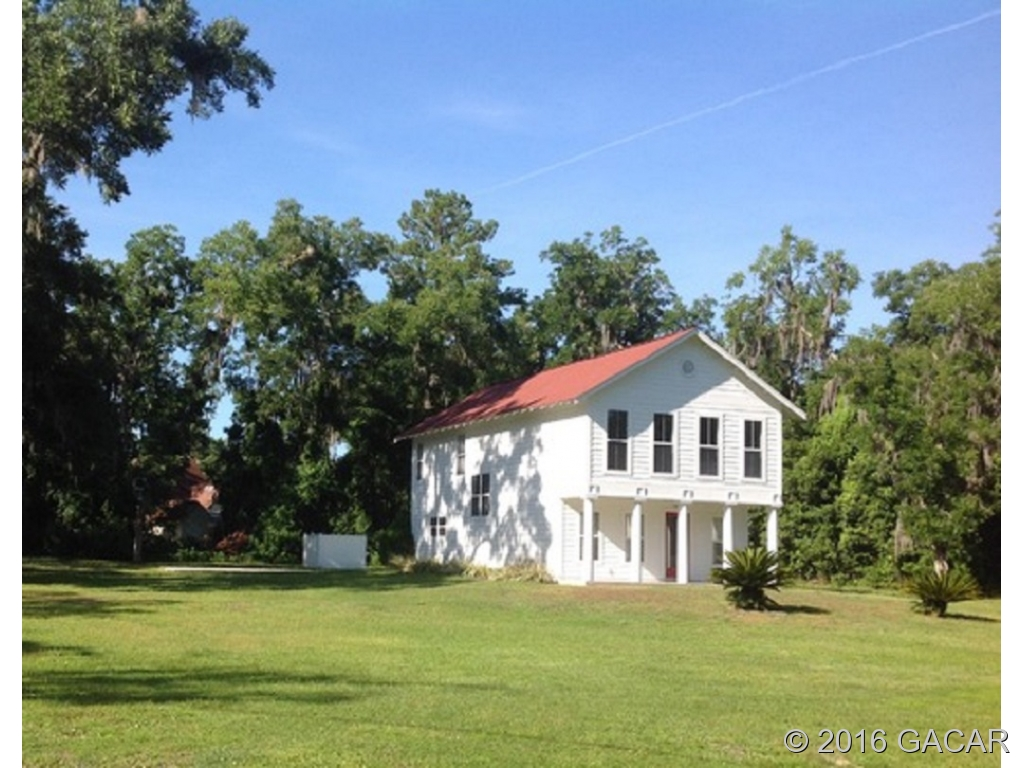 Photo of 20809 Northeast 115th Place  Earleton  FL