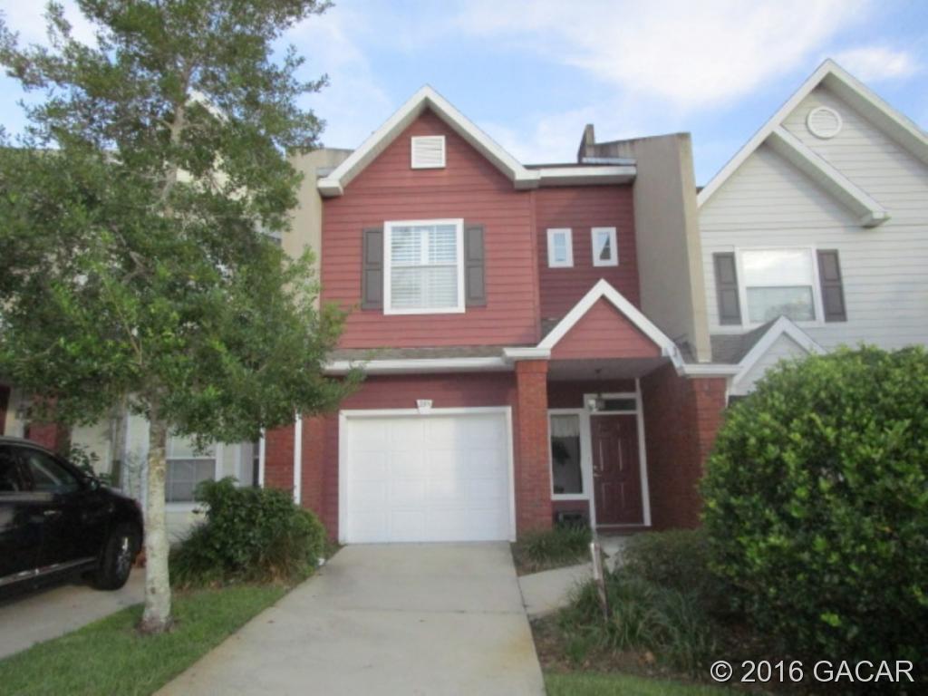 Photo of 2711 Northwest 103rd Way  Gainesville  FL