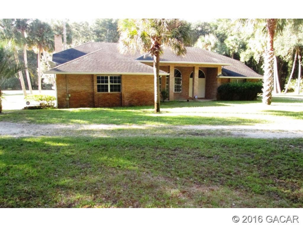 18313 S County Road 325, Hawthorne, FL 32640