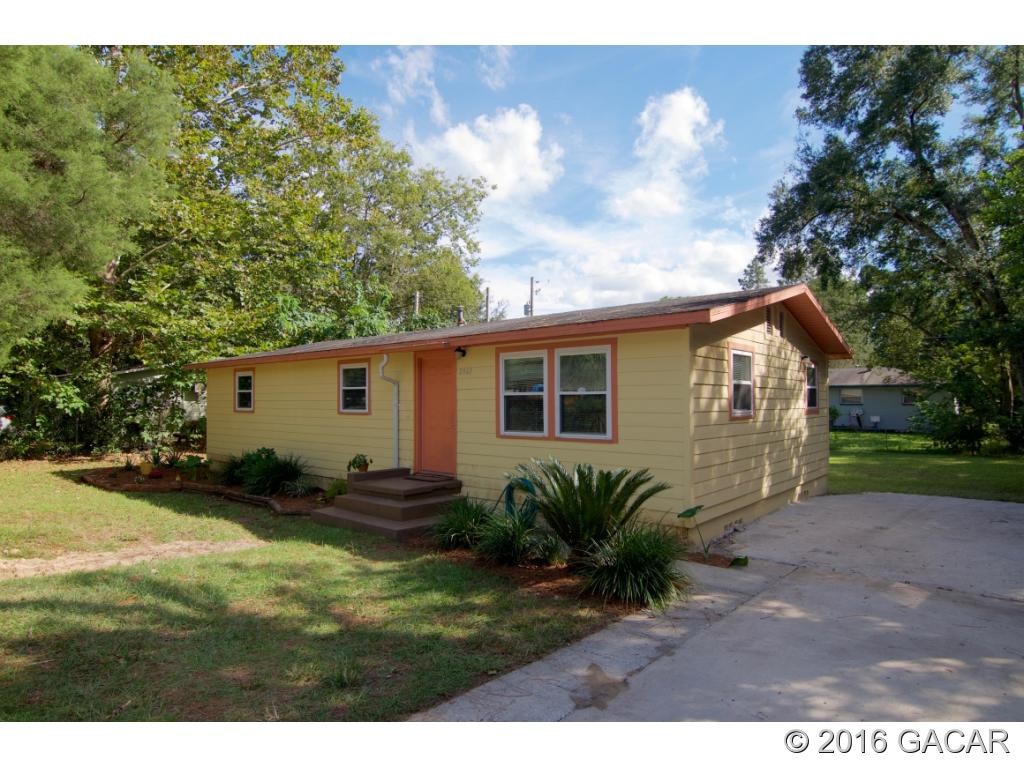 Photo of 2861 Southeast 18th Avenue  Gainesville  FL