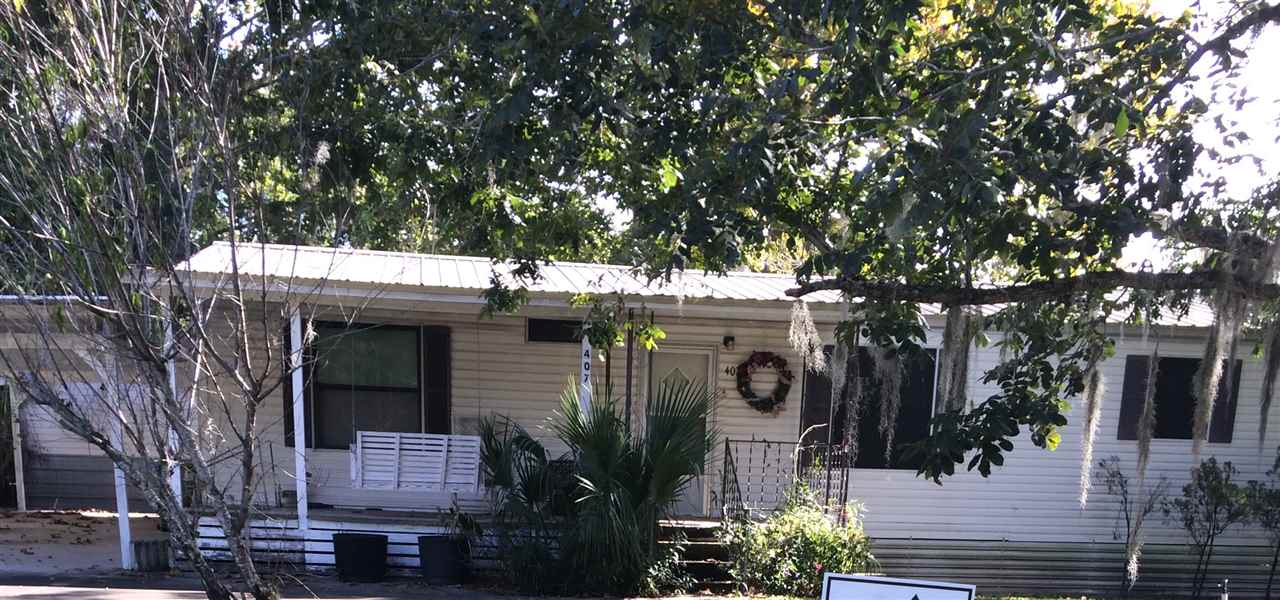 Photo of 407 Savanna Street  Branford  FL