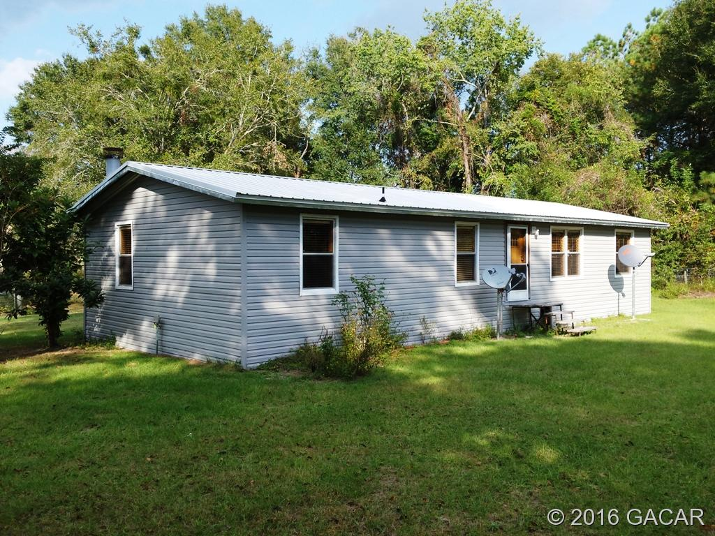 Photo of 26924 NW 84th Place  High Springs  FL