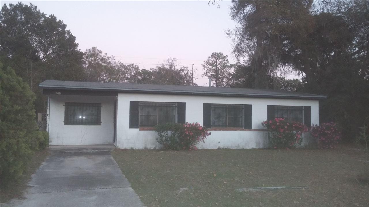 Photo of 1009 NE 24th Street  Gainesville  FL