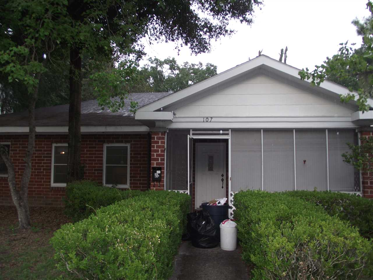 Photo of 107 NE 9th Street  Gainesville  FL