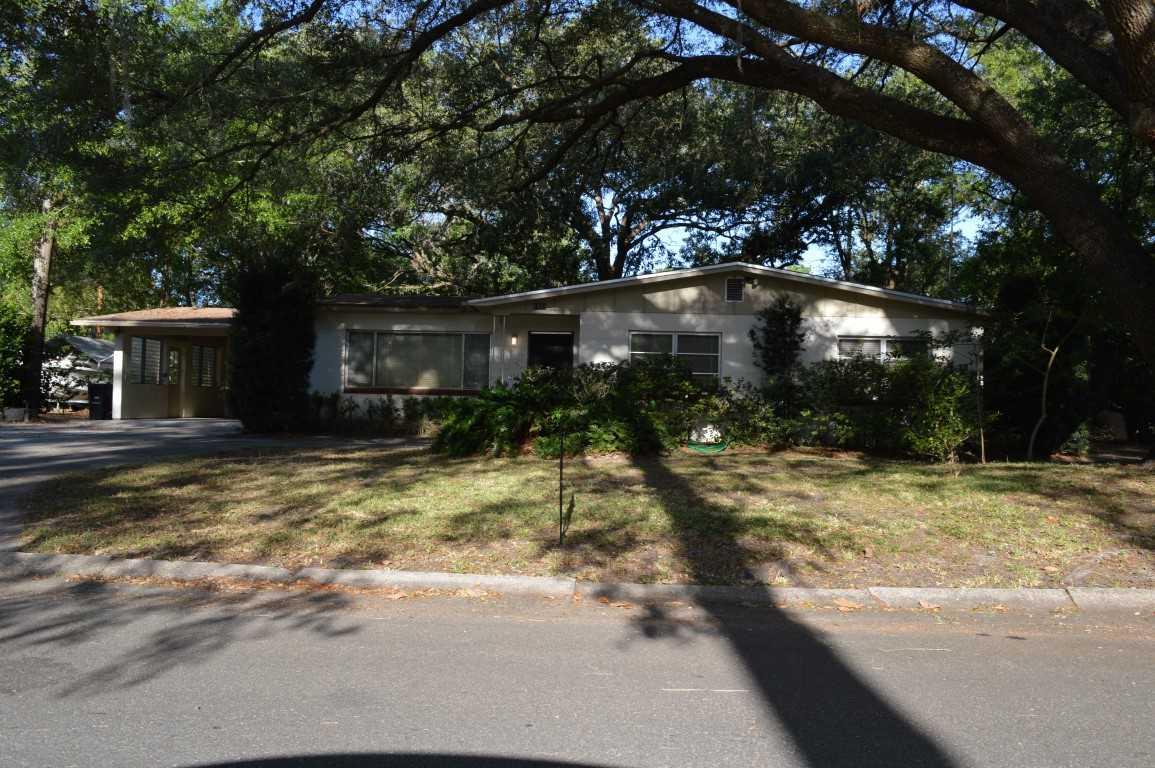 Photo of 1528 NE 13 Street  Gainesville  FL