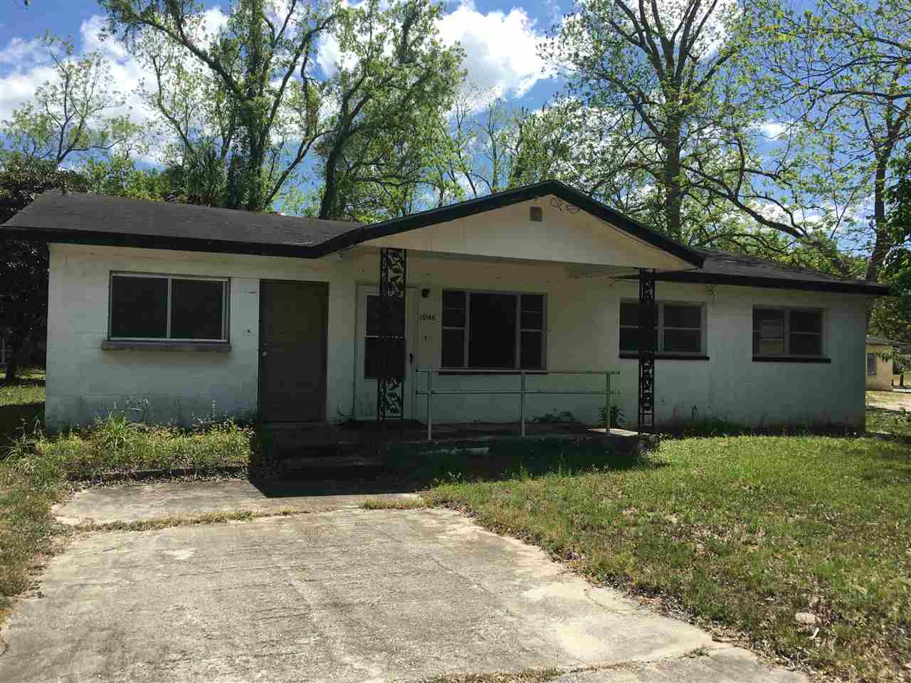 Photo of 25145 NW 5th Avenue  Newberry  FL