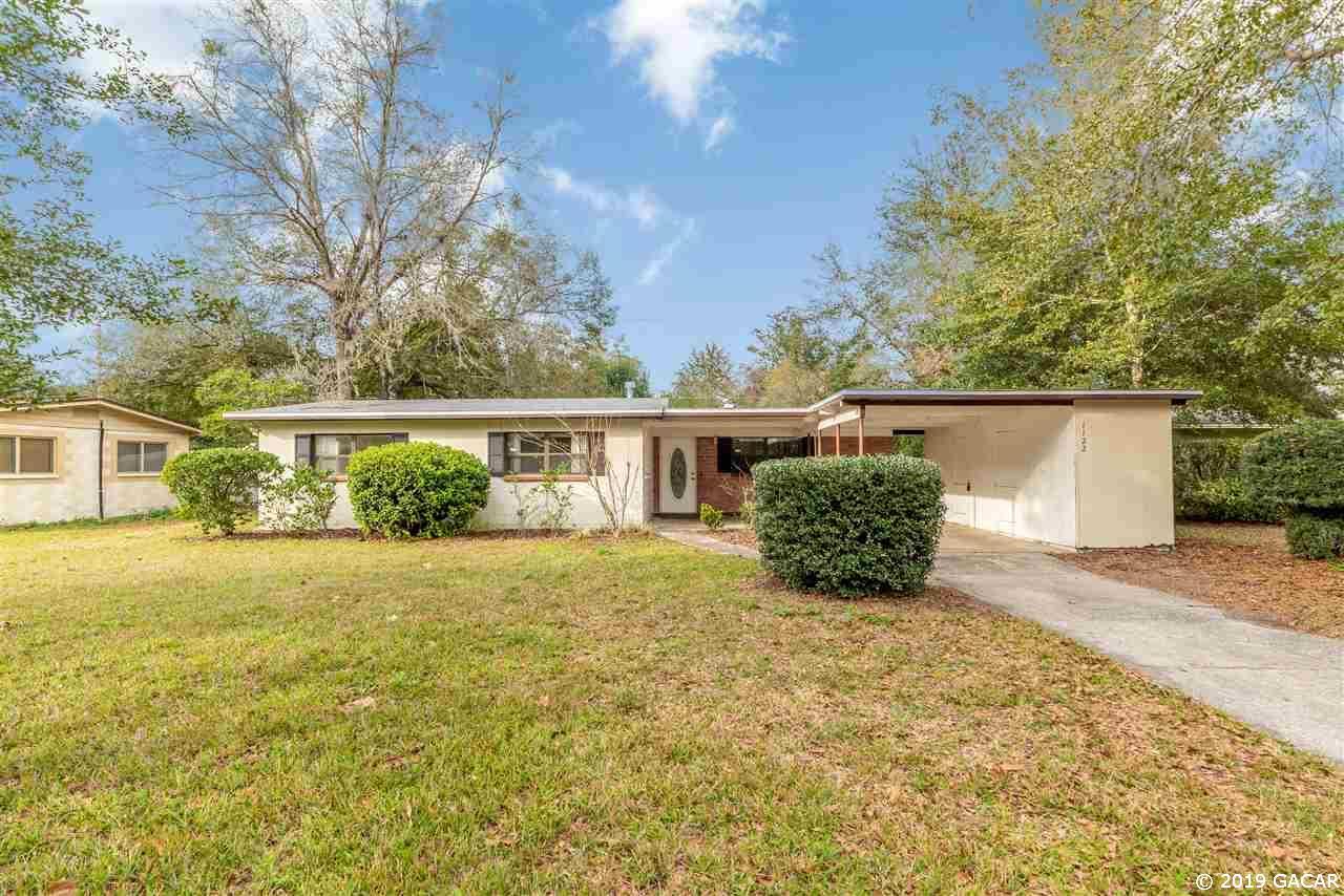1122 NE 20th Place, Alachua, Florida