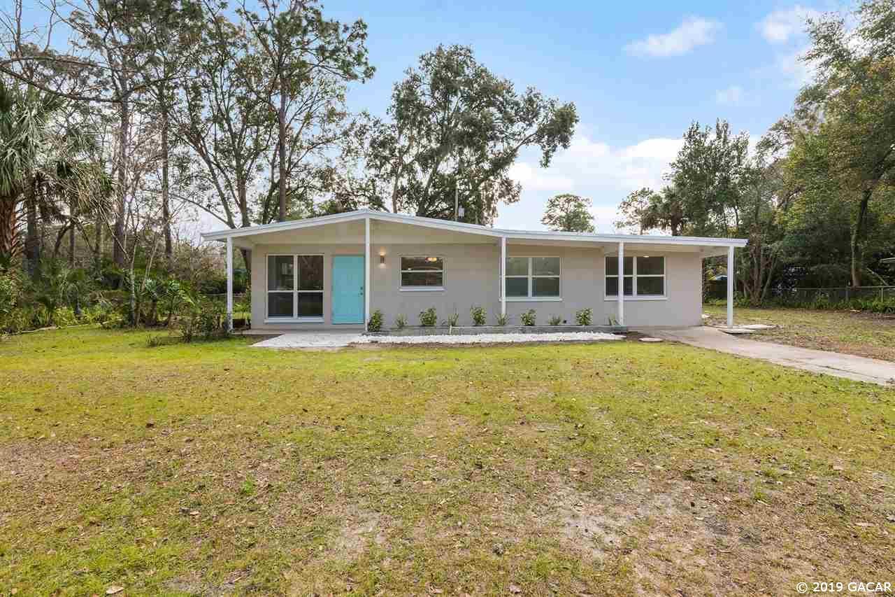 1215 NE 21 Avenue, Alachua, Florida
