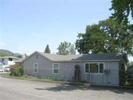 239 Se L St, Grants Pass, OR 97526