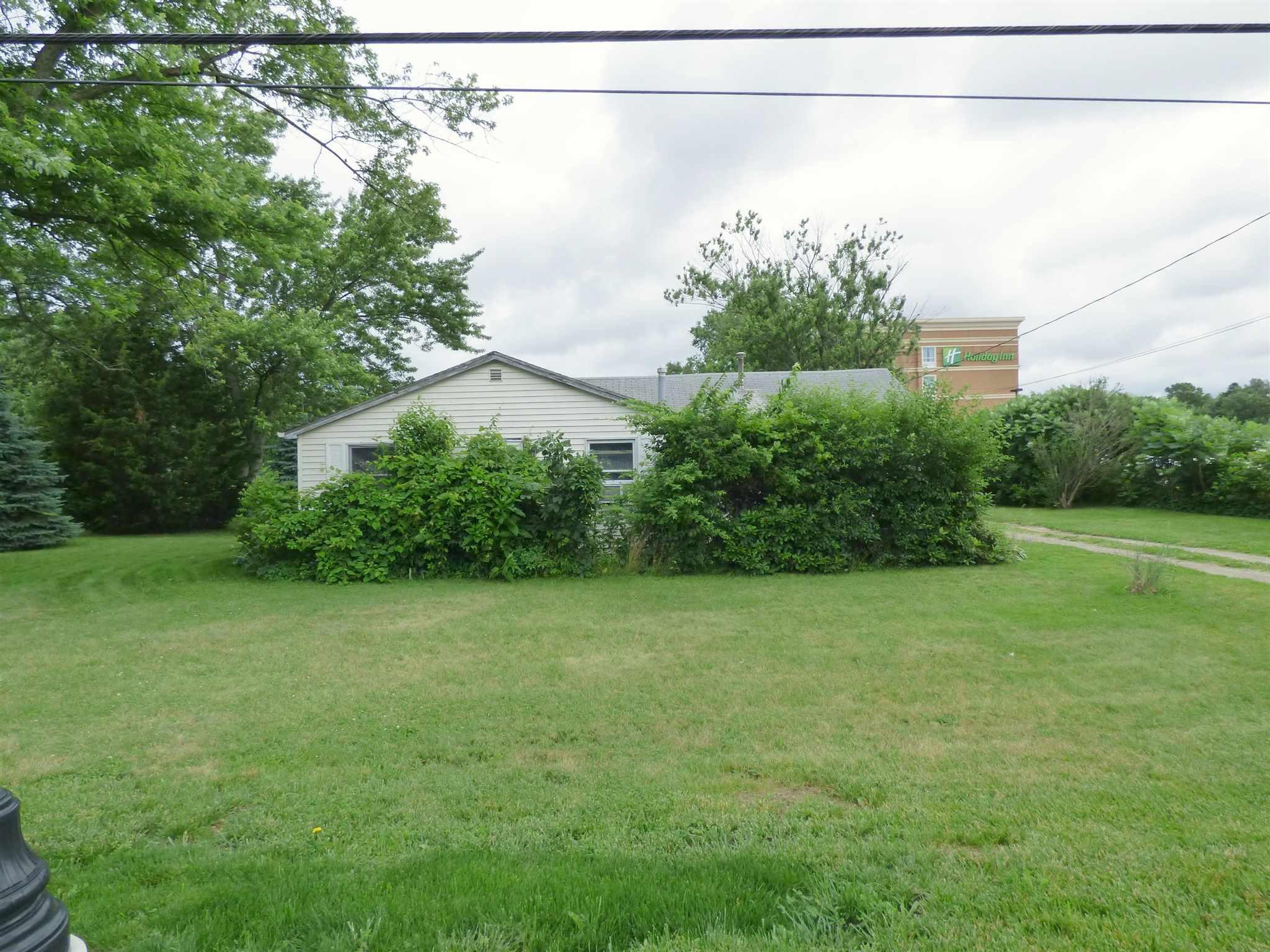 15467 Douglas Road, Granger, Indiana