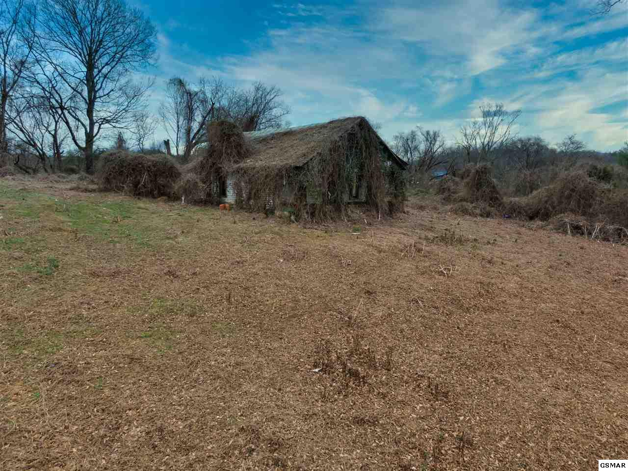 1473 Catlettsburg Rd, Sevierville in Sevier County, TN 37876 Home for Sale