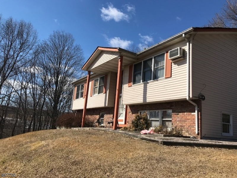 214 Old Clove Rd Wantage Township, NJ 07461