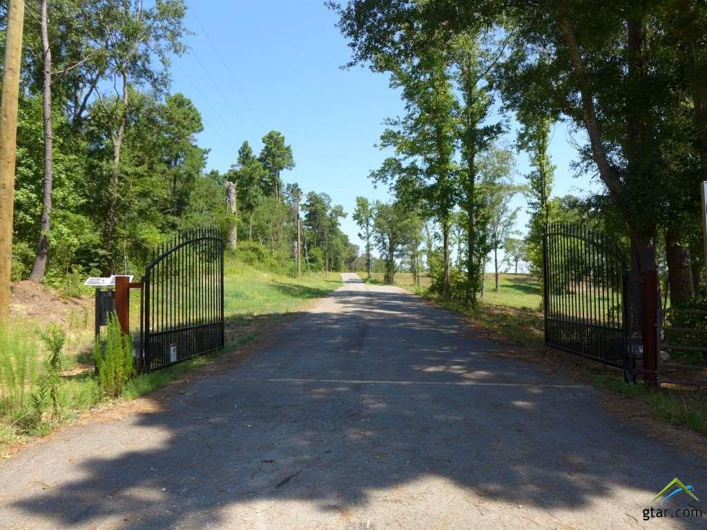 Image of Acreage for Sale near Longview, Texas, in Gregg County: 10.83 acres