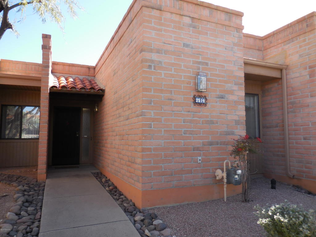 Photo of 2519 S Calle Del Humes  Green Valley  AZ