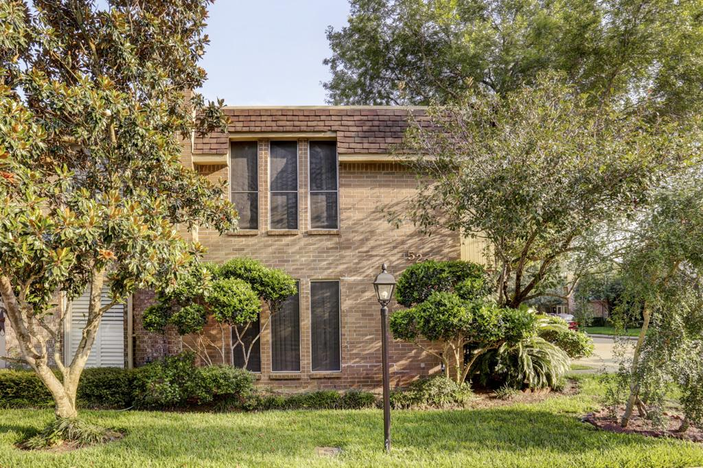 Photo of 5237 Woodlawn Place  Bellaire  TX