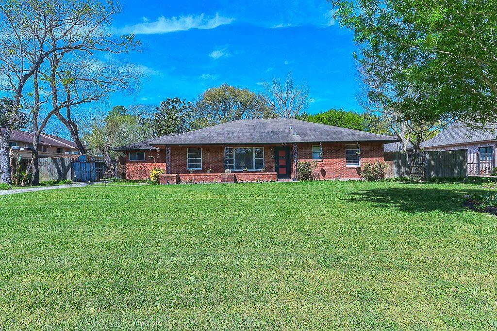 Photo of 5526 Holly Street  Houston  TX