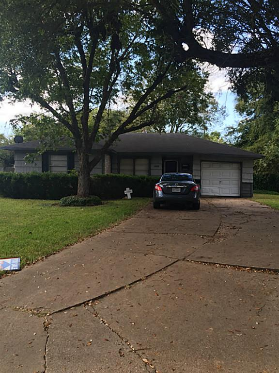 Photo of 1209 Maplewood Lane  Pasadena  TX