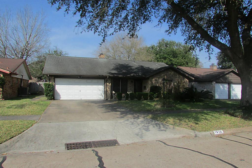 Photo of 1513 Atlanta Street  Deer Park  TX