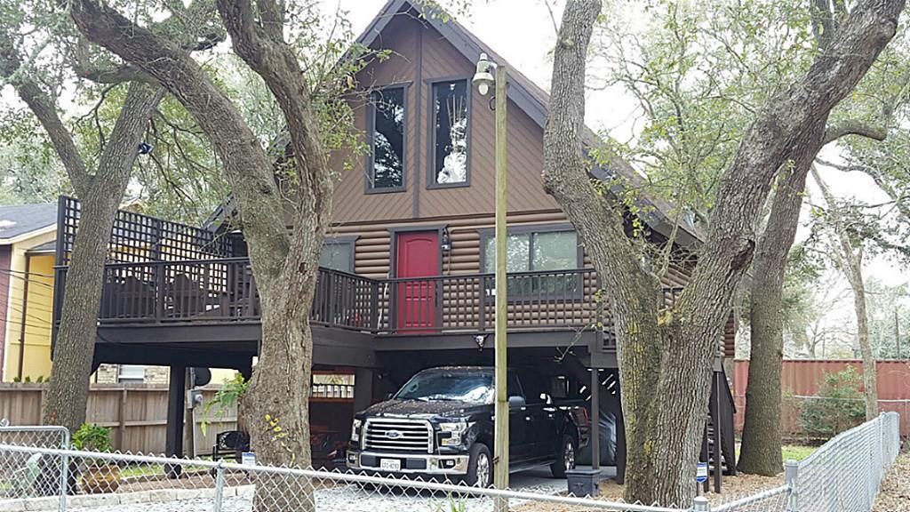 Photo of 3206 Derrick Street  Bacliff  TX