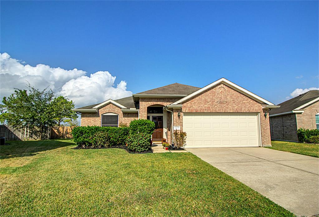 Photo of 7203 Wimberly Oaks Lane  Richmond  TX