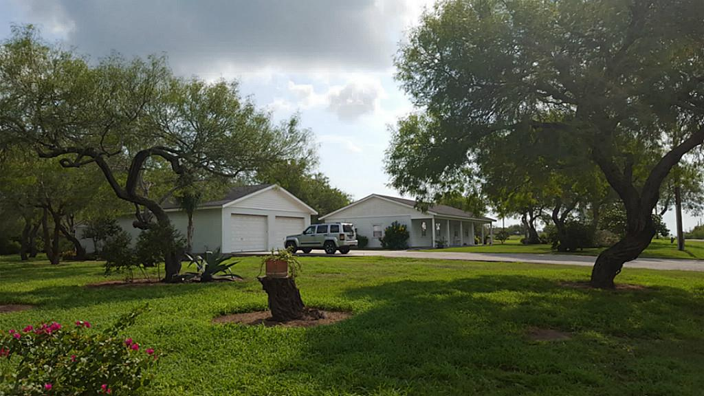 Photo of 1246 E County Road 2328  Riviera  TX