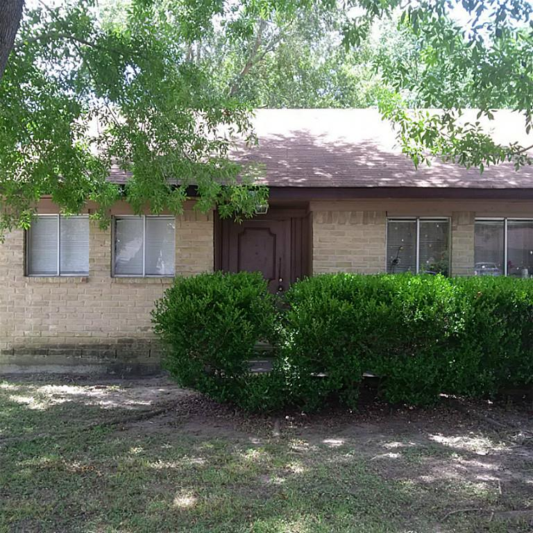 Photo of 7623 Fawn Terrace Drive  Houston  TX