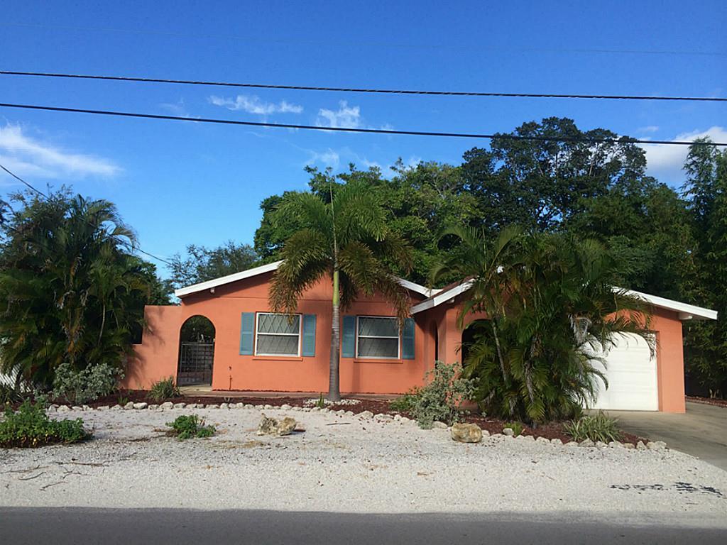Photo of 143 Crescent Drive  FL
