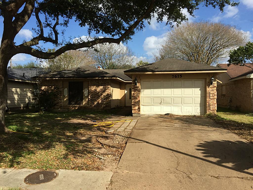 Photo of 7615 Tierra Verde Drive  Houston  TX