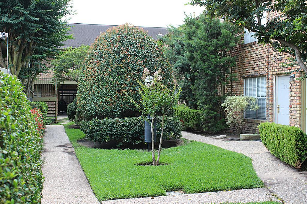 Photo of 6401 Skyline Drive  Houston  TX