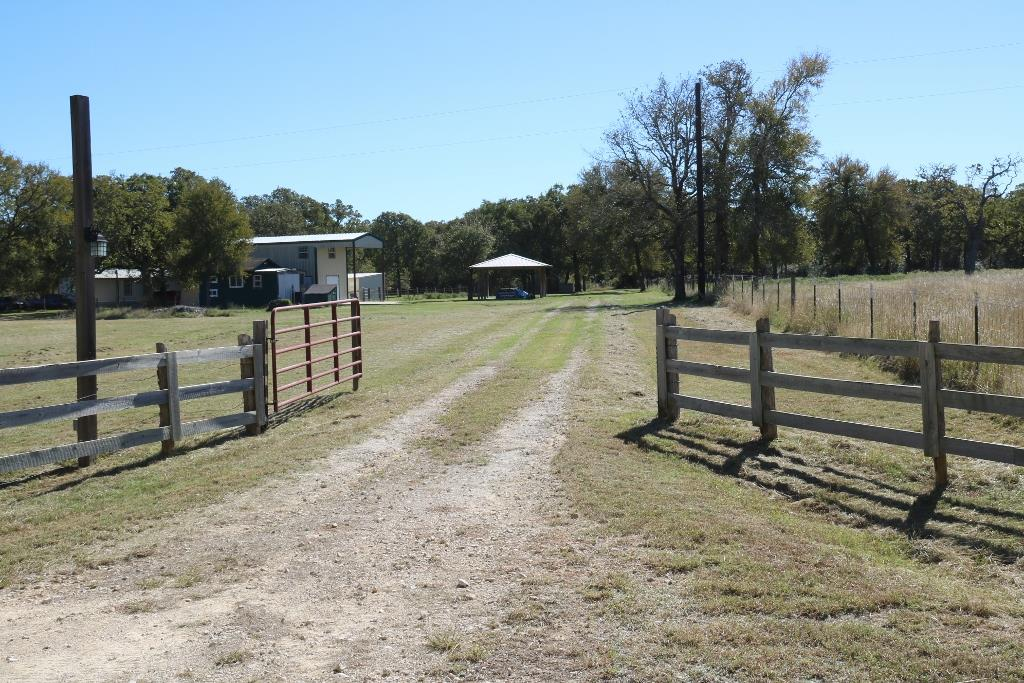 Photo of 7379 County Road 401  Anderson  TX