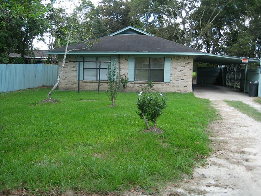 Photo of 1106 Collins Street  Dayton  TX