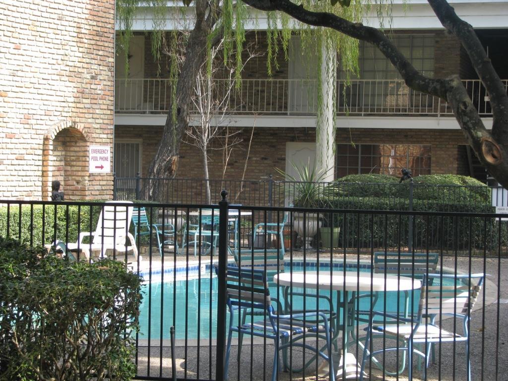 Photo of 2201 Fountain View Drive  Houston  TX