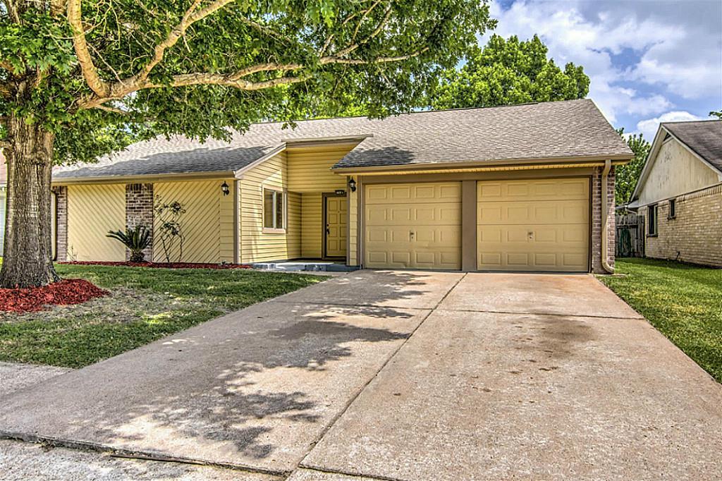 Photo of 15726 Wingdale Drive  Houston  TX