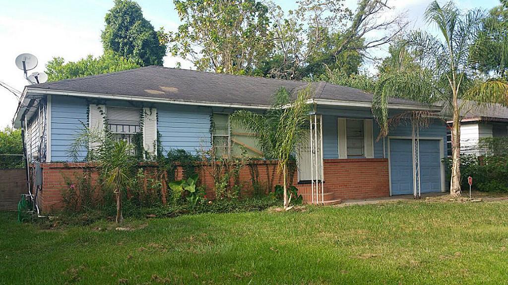 Photo of 5027 Caplin Street  Houston  TX