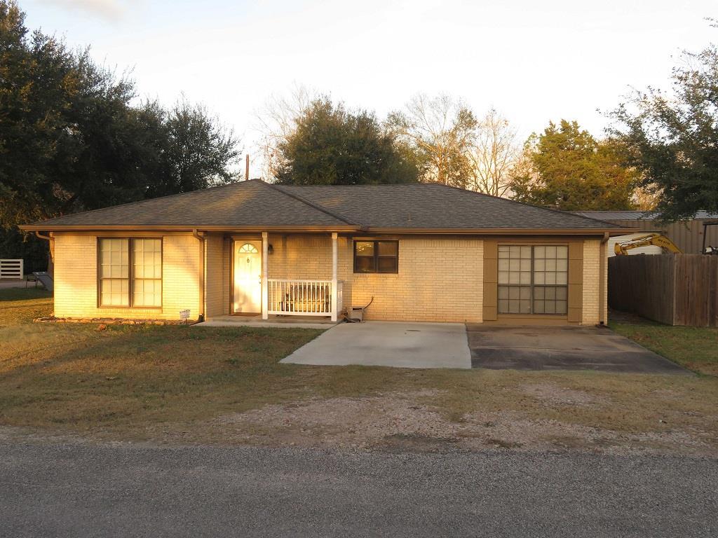 Photo of 403 S 7th Street  Beasley  TX