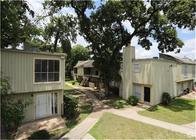 Photo of 5625 Antoine Drive  Houston  TX