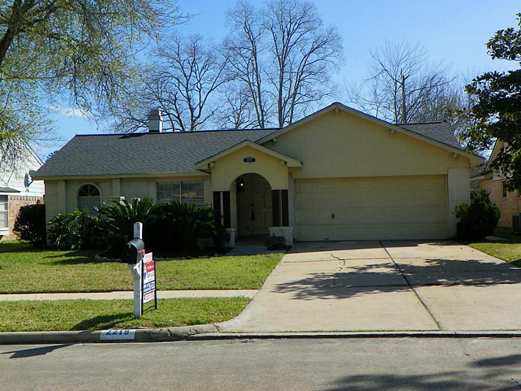 Photo of 2219 Quail Valley East Drive  Missouri City  TX